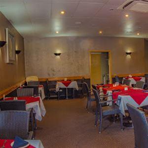 Blue Gecko Bar & Restaurant