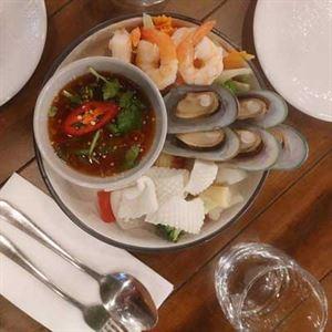 Ari Thai Kitchen Bar