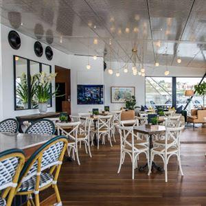 Empire Lounge
