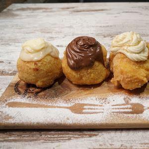 Zippoli Cafe & Dessert Bar