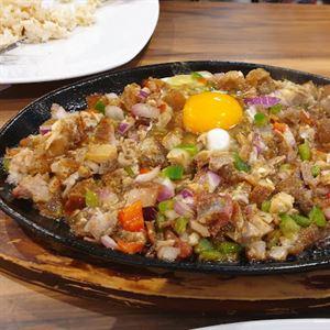Mama Lor Filipino Restaurant