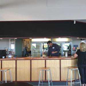Islanders' Tavern
