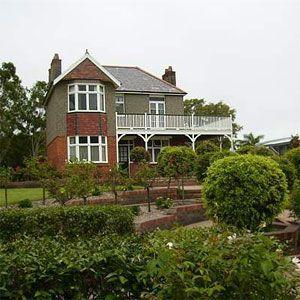 Hinkler House