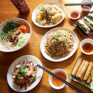East Meets West Vietnamese Restaurant