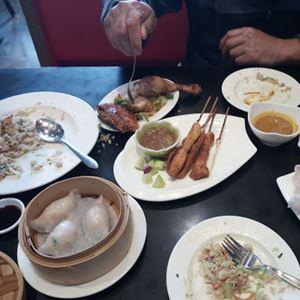 Red Lantern Malaysian & Asian Cuisine Restaurant