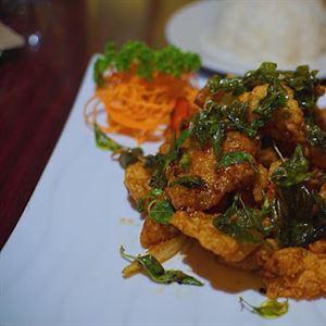 Nom Thai Cuisine