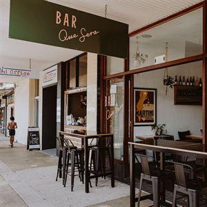 Bar Que Sera