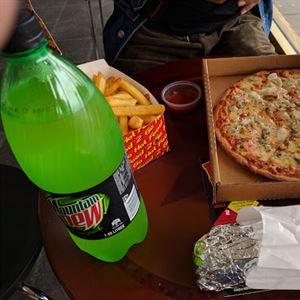 Two Brothers Pizza & Kebab