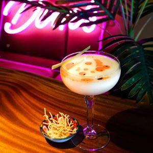 Dom's Bar & Lounge