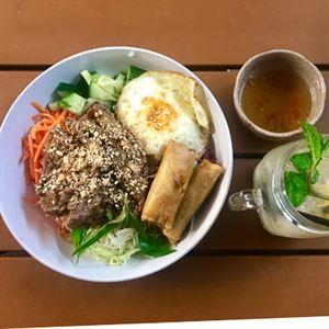 Madame Saigon Vietnamese Restaurant