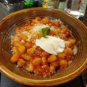 Mozzarella Cucina & Bar