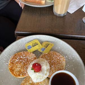 Cafe on South Bay