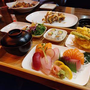 Moon Fresh Sushi Miranda
