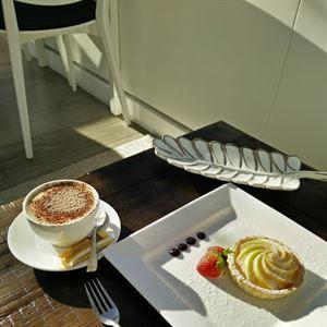 Le Pavilion Cafe