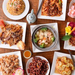 Golden Ponds Chinese Restaurant