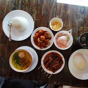 Dapoer Shalom Indonesian Restaurant