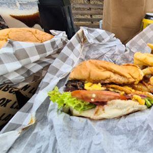 World Burger Windsor