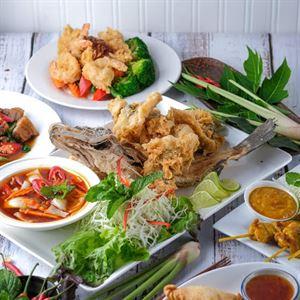 Beerwah Chang Smile Thai