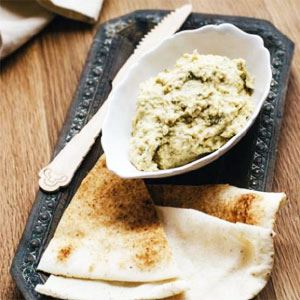 Moreish Macadamia Hummus