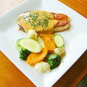 Chu Chee Salmon