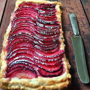 Medieval red wine peach tart recipe agfg medieval red wine peach tart forumfinder Images