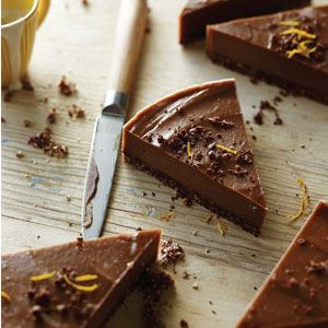 Raw, Vegan Chocolate Orange Torte