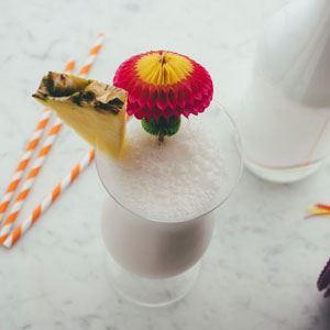 Macadamia Milk Pina Colada