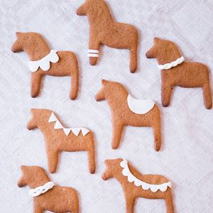 Simple Gingerbread Horse Biscuits