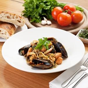 Seafood Linguini with Tomato Pesto