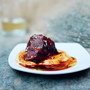 Beef Cheeks in Red Wine Sauce with Cauliflower Purée - Chef Recipe by José Pizarro