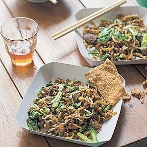 Wok Tossed Hakka Noodles with Chicken and Lap Cheong - Chef Recipe by Luke Nguyen