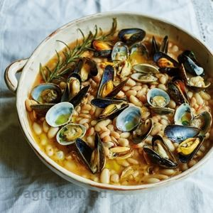 Cannellini Beans with Mussels and Clams - Chef Recipe by Antonio Carluccio
