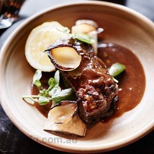 Slow Cooked Beef Short Ribs with Sauce