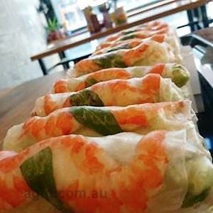 Vietnamese Rice Paper Rolls - by Paperboy Kitchen