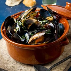 Moules Marinieres - Chef Recipe by Sylvain Bernard