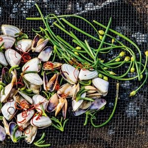 Pipis with Garlic and Karkalla - Chef Recipe by Lennox Hastie