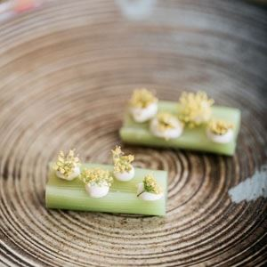 Organic Leeks, Pollen and Cream of Roasted Chicken - Chef Recipe Lachlan Houghton