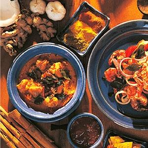 Shrimp in Coconut Curry Gravy