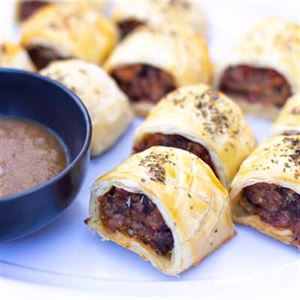 Homemade Sausage Rolls - Chef Recipe by Jeremy Holmes