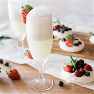 Pavlova Mimosa Cocktail