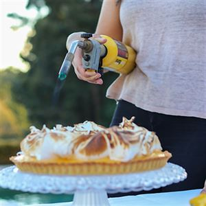 Lemon Meringue Pie - Chef Recipe by Larissa Takchi