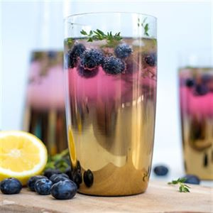 Blueberry and Thyme Cocktail