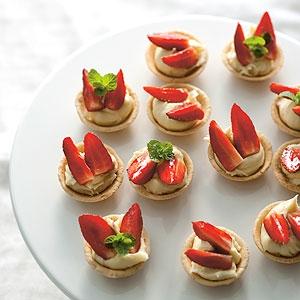 Strawberry and White Chocolate Ganache Tartlets