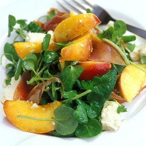 Peach & Prosciutto Salad with Sweet Red Wine Dressing