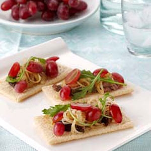 Grape Pate Crispbreads