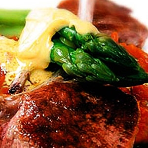 Lamb Cutlets with Risotto and Asparagus
