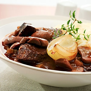 Braised Beef in Red Wine Sauce