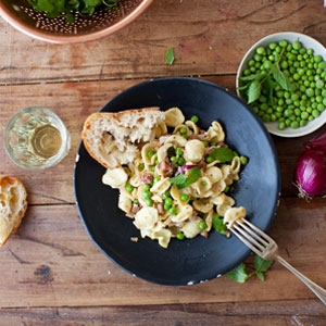 Mint & Pea Orecchiette Pasta with Goat's Cheese