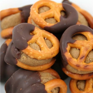 Eskal Chocolate Covered FreeNut Butter Pretzel Bites