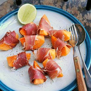 Sweet Persimmon with Proscuitto